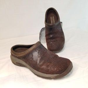 Merrell Embossed Leather Slides Clogs 7 M